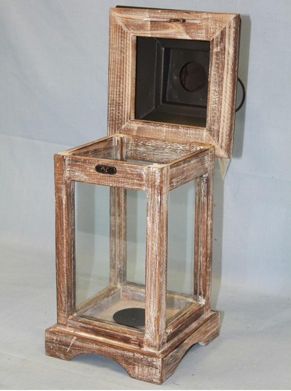 latarnia drewniana otwarta