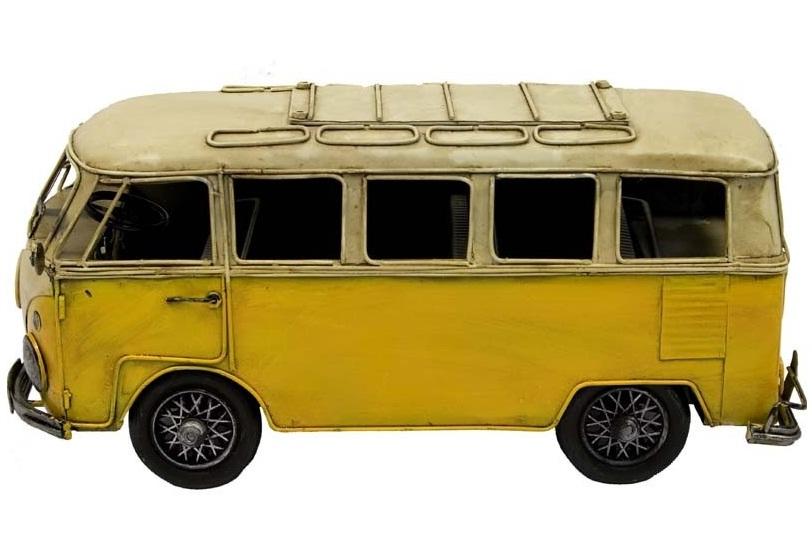 replika żółtego autobusu