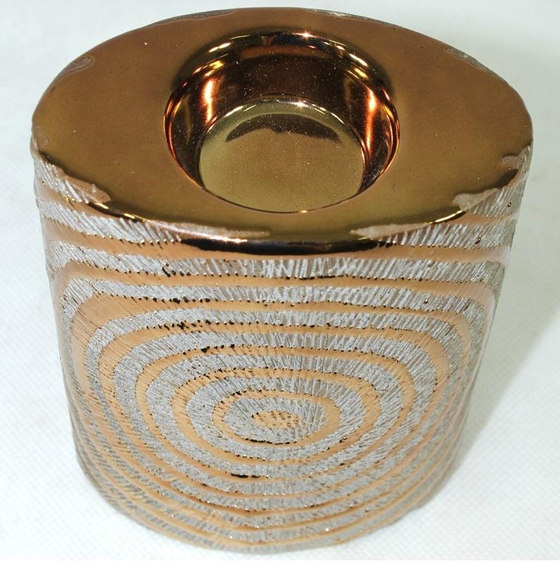 świecznik ceramiczny złoty zbliżenie