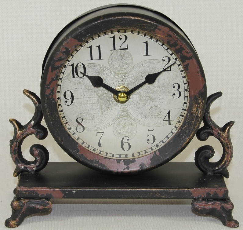 zegar kominkowy mapa swiata widok